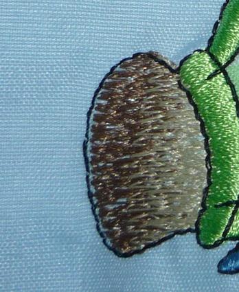 обводки на вышивке смещены