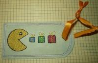 машинная вышивка бирки на подарок шаг  10