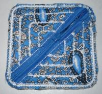 монетница на молнии полностью сшитая на вышивальной машине шаг 19