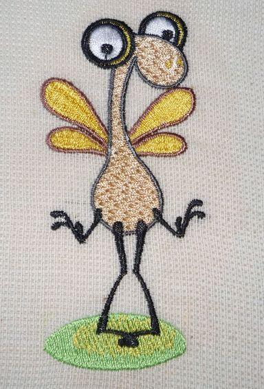 машинная вышивка на рыхлой ткани - комар