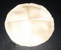 вышитая подставка-конверт одевающаяся на ножку бокала шаг 25