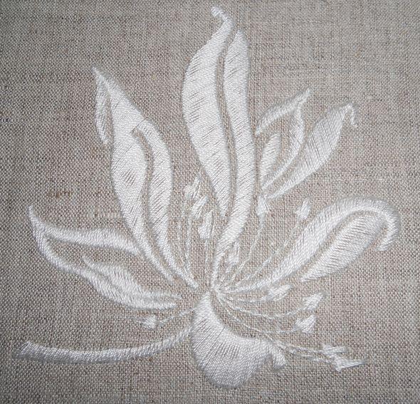 Вышивка однотонной ниткой
