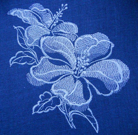 машинная вышивка на льне