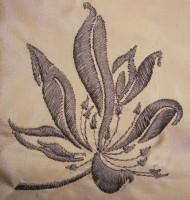 машинная вышивка натуральным шелком