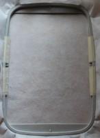 урашенная машинной вышивкой резинка для волос 02