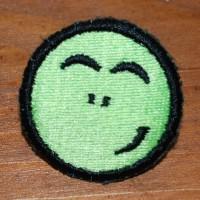 урашенная машинной вышивкой резинка для волос 14