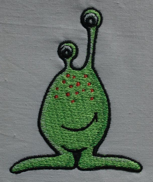 машинная вышивка инопланетянина