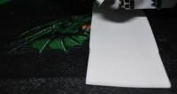 машинная вышивка на материале типа кирзы 03