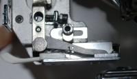 настройка приспособления для пришивания блесток на промышленную вышивальную машину 01