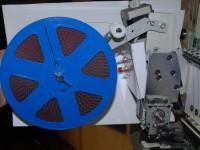 настройка приспособления для пришивания блесток на промышленную вышивальную машину 06