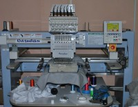 одноголовочная промышленная вышивальная машина barudan BEVT-S1501C 01