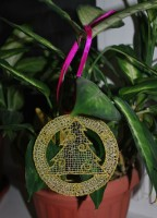 кружевной медальон новогодней елочки в технике fsl