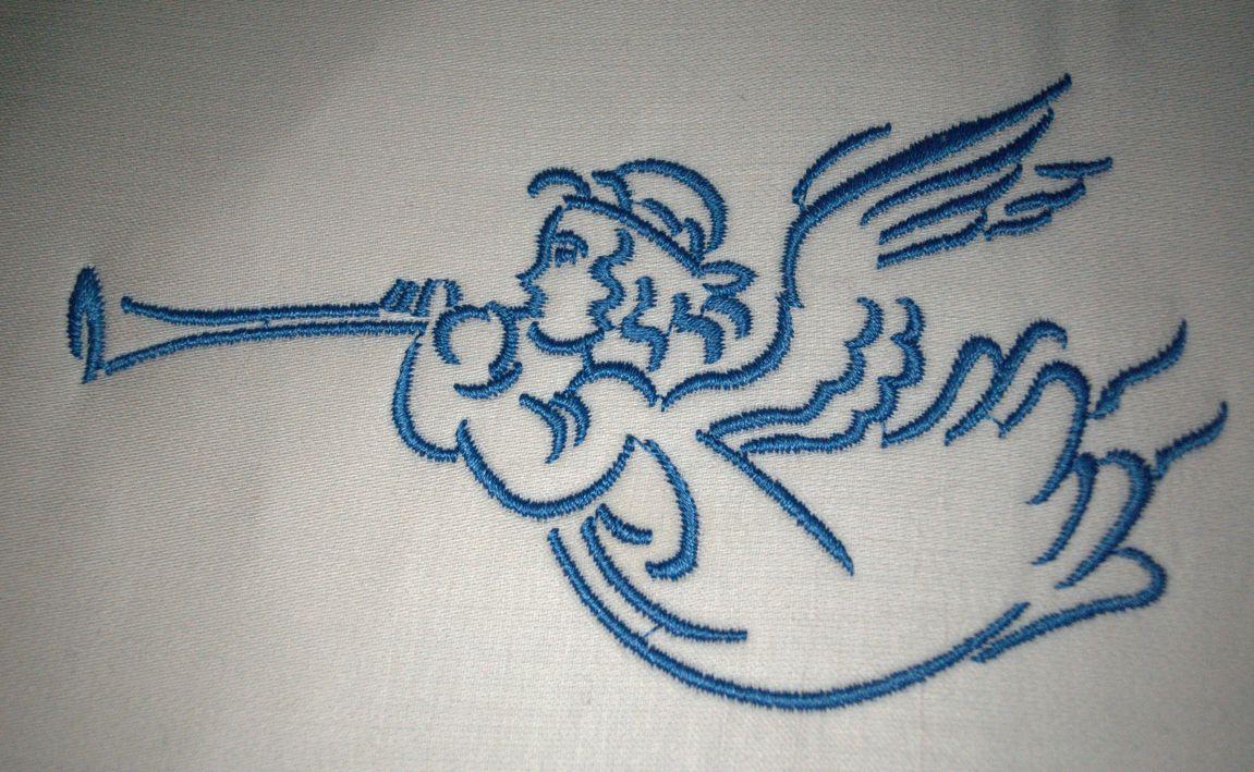 машинная вышивка. ангел